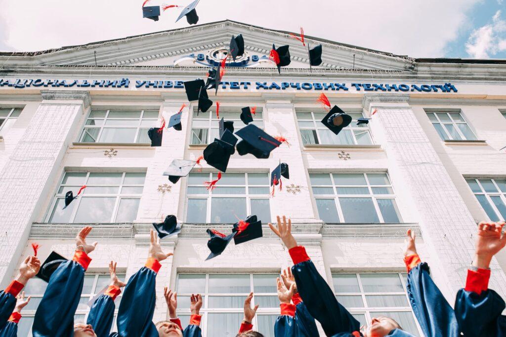 529_College_H1B